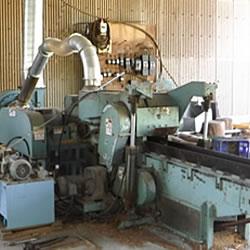 鋸屑製造機械/バーク機械